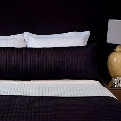 Porta Travesseiro Abraço 1,30 x 0,40 Matelado La Vive