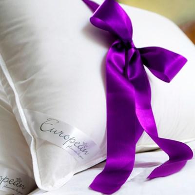 Travesseiro European 100% Plumas de Ganso Plooma